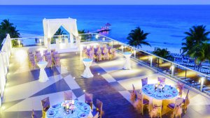 Azul five mariage terrasse